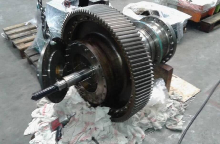 Overhaul Mekanord gearbox Dhamra